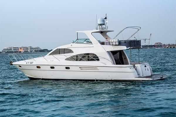 rental-yacht-dubai